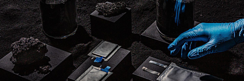 Lithium-Silicon Battery